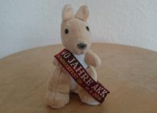 Bild: Känguru mit AKK Sommerfest 40 Jahre Bändchen
